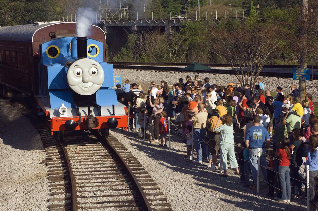 Thomas the Tank Engine pulls into the Grapevine station for Day Out With Thomas.