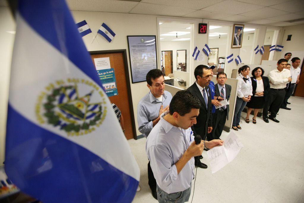 El Consulado General de El Salvador en Dallas anunció que reanudará sus actividades a partir del 16 de septiembre, luego de permanecer cerrado seis meses por la pandemia de coronavirus.