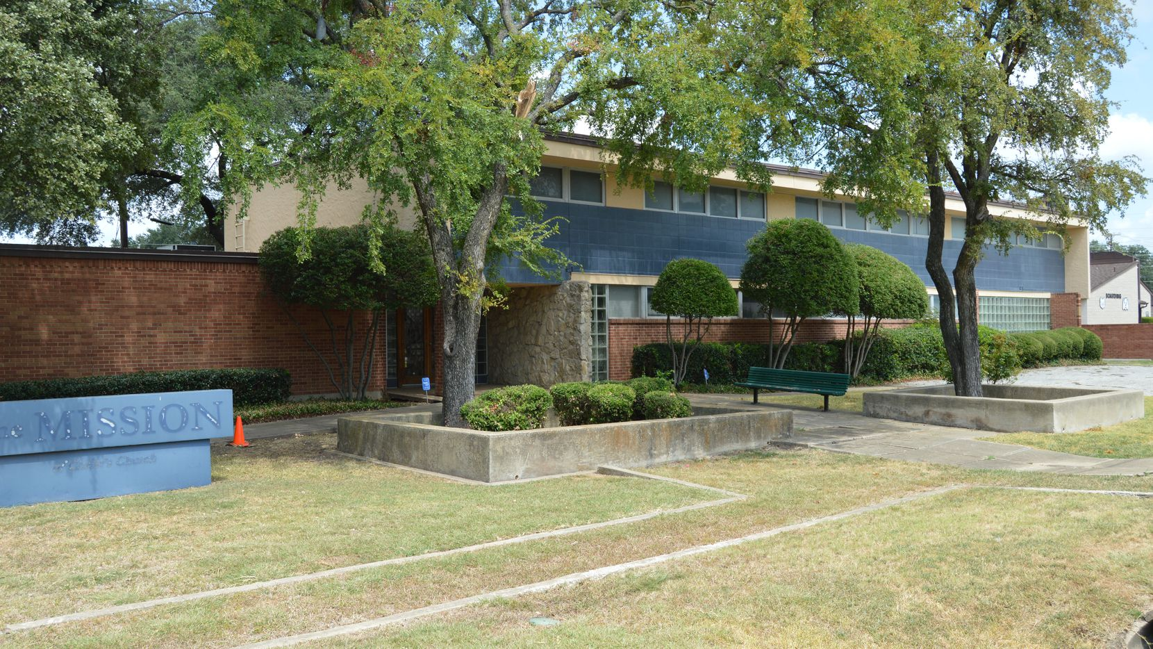 Spring Valley United Methodist Church sold the office building at 13959 Peyton Drive in Dallas.