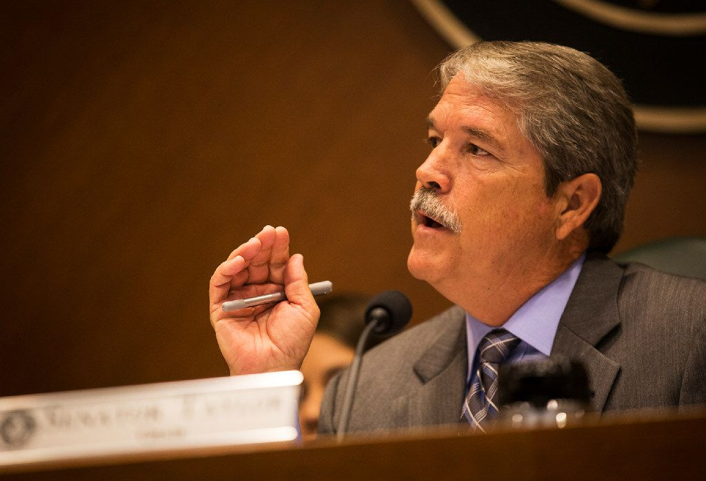 Senator Larry Taylor, Chair of the Senate Education Committee, speaks during a hearing about SB 2 at the Capitol in Austin, Texas, on Friday, July 21, 2017. NICK WAGNER/AMERICAN-STATESMAN ORG XMIT: 2036406
