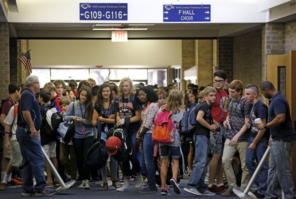 A look at the crowded conditions in the main hallway at the Lowery Freshman Center in Allen, Texas. Photographed on Friday, September 4, 2015. (Louis DeLuca/The Dallas Morning News)