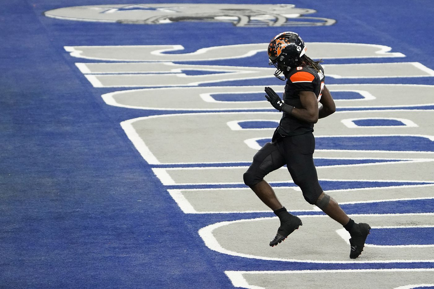 Aledo running back DeMarco Roberts (6) celebrates after scoring on a 20-yard touchdown run during the first half of the Class 5A Division II state football championship game against Crosby  at AT&T Stadium on Friday, Jan. 15, 2021, in Arlington. (Smiley N. Pool/The Dallas Morning News)
