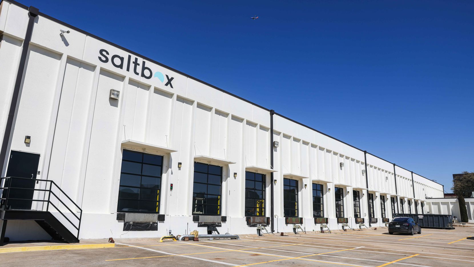 SaltBox offers warehouse space, mostly for small independent businesses, plus shipping services and even a photo studio in Farmers Branch. (Lola Gomez/The Dallas Morning News)
