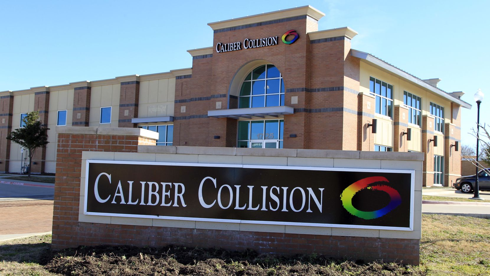 Caliber Collision Center recently opened the company's newest location in Keller. Shot on Friday, January 27, 2012. (David Woo/The Dallas Morning News) 02072012xBIZ