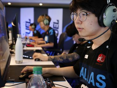 """Dallas Fuel Overwatch League player Kim """"DoHa"""" Dong-Ha practices with his teammates ahead of their season opener against Houston at Envy Gaming Headquarters in Dallas, Monday, March 29, 2021. (Tom Fox/The Dallas Morning News)"""