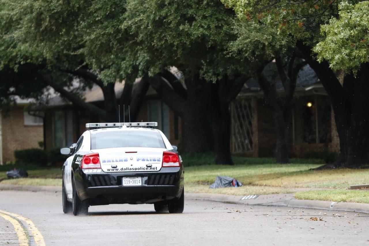 Bajo la propuesta ante el cabildo, la policía de Dallas solo daría un citatorio por cantidades pequeñas de marihuana y los agentes no perderían tanto tiempo procesando a detenidos. (DMN/RACHEL WOOLF)