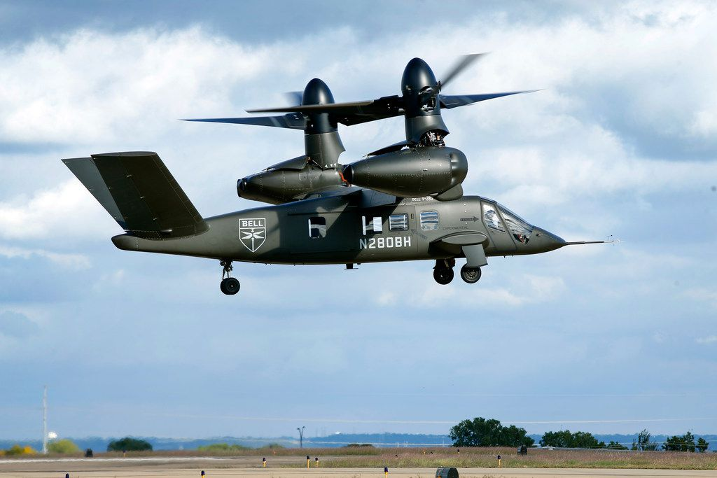The V-280 Valor tiltrotor aircraft, a next generation aircraft Bell wants to build for the U.S. military, gave a demonstration of it's skills at the Bell Flight Research Center in Arlington, Texas, Thursday, October 25, 2018. Bell's next-generation V-280 program is shifting from its previous base in Amarillo to Arlington as it continues flight testing in hopes of landing a lucrative government contract. (Tom Fox/The Dallas Morning News)