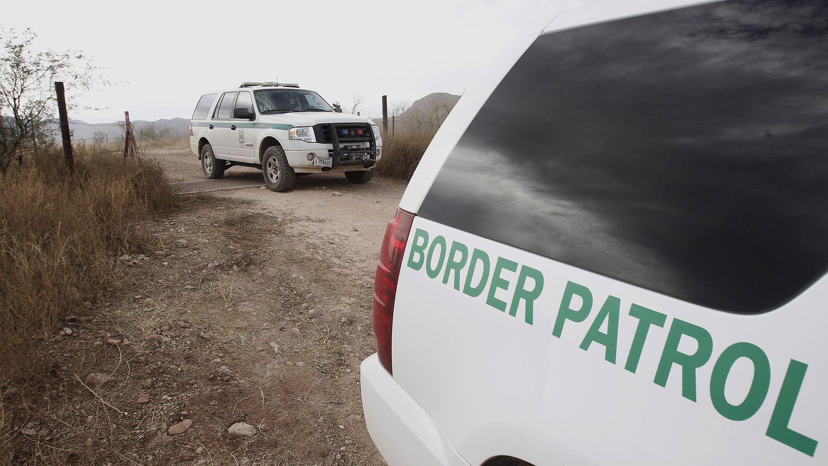 Un agente de la patrulla fronteriza confesó haber sido parte de una red de narcotráfico para pasar drogas de México a Estados Unidos.