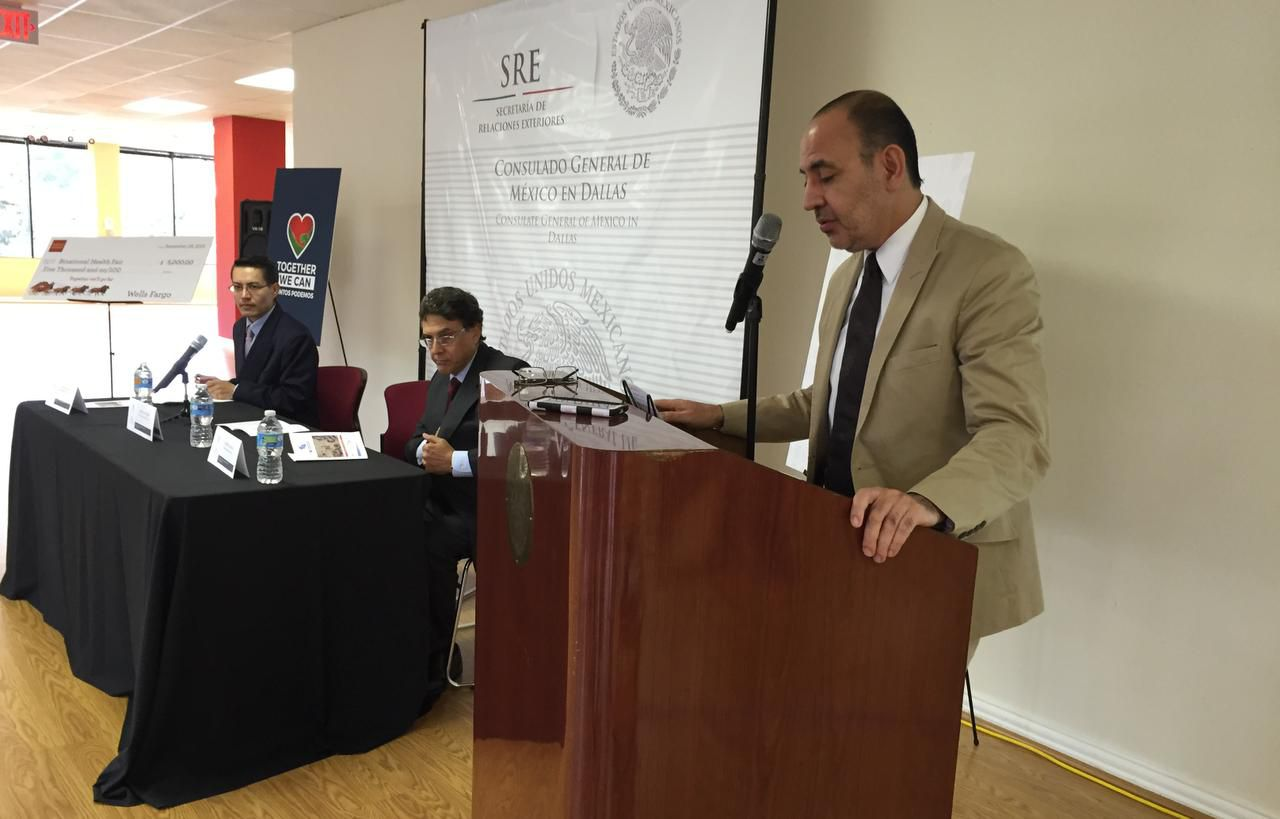 El cónsul general de México en Dallas, José Octavio Tripp Villanueva (ANA AZPURUA/AL DÍA)