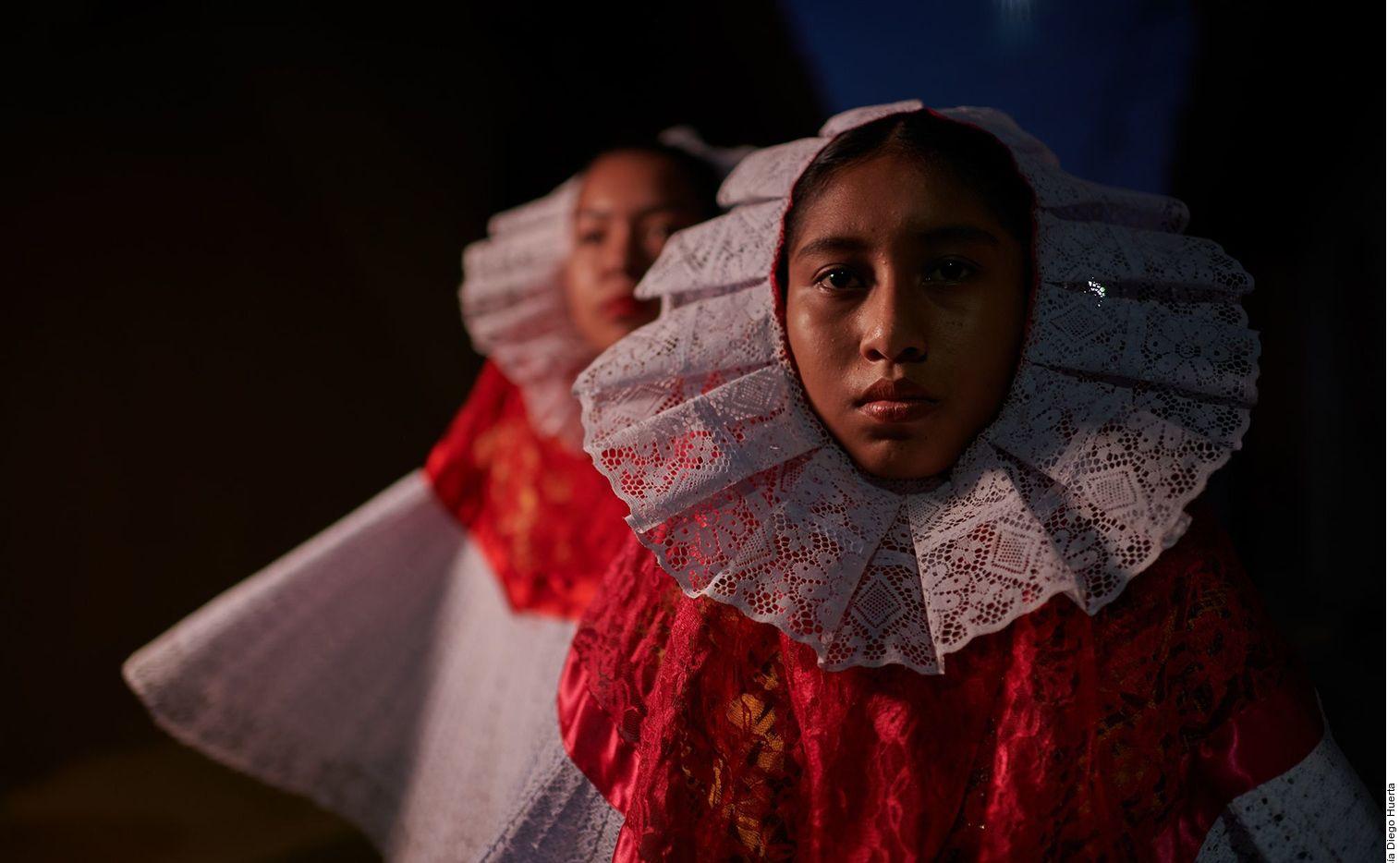 El documental Tehuana, de Diego Huerta, visita los orígenes de esta tradición en el pueblo de Santo Domingo Tehuantepec, en Oaxaca.