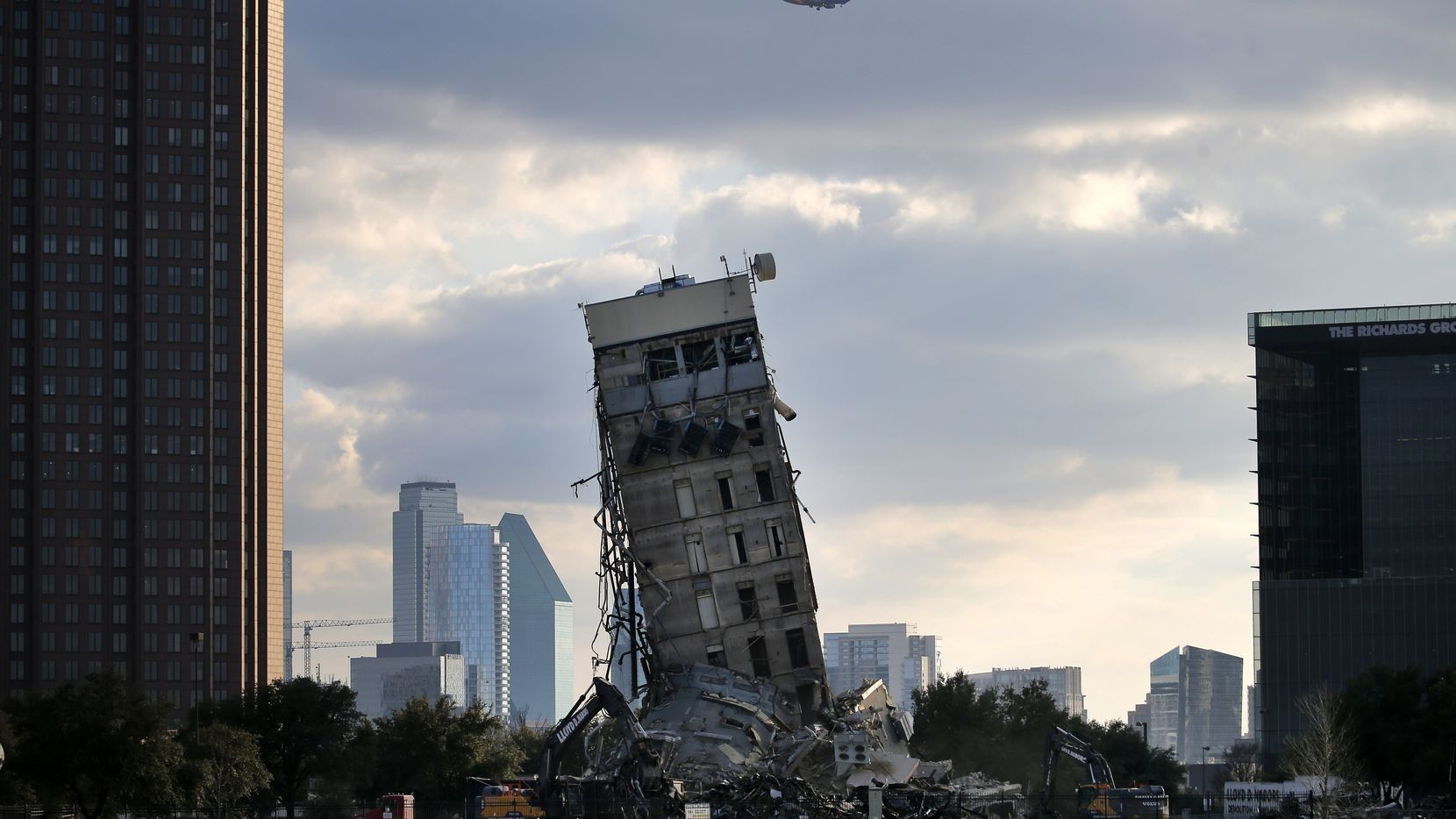The popularly dubbed Leaning Tower of Dallas stood for 15 days before succumbing to the wrecking ball.