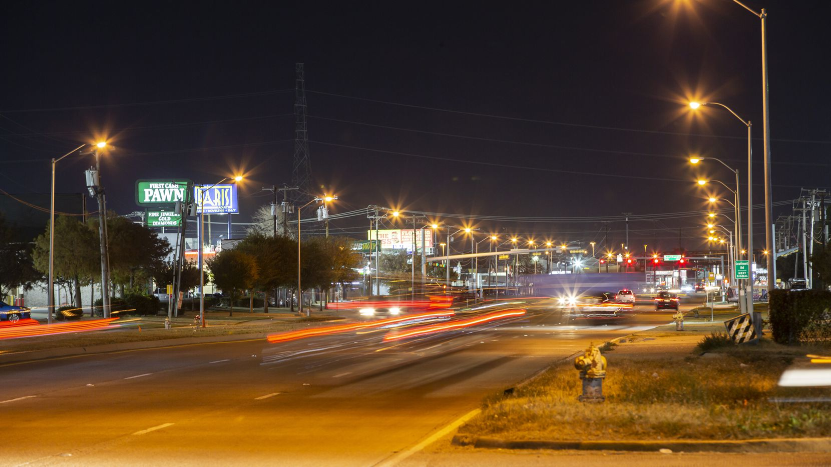 Looking south on Harry Hines Boulevard at the intersection of Fabens Road in Dallas  Dec. 6, 2020. DPD officials are looking to expand a cruising ordinance  to stop drivers who are cruising in areas that have prostitution. (Brandon Wade/Special Contributor)