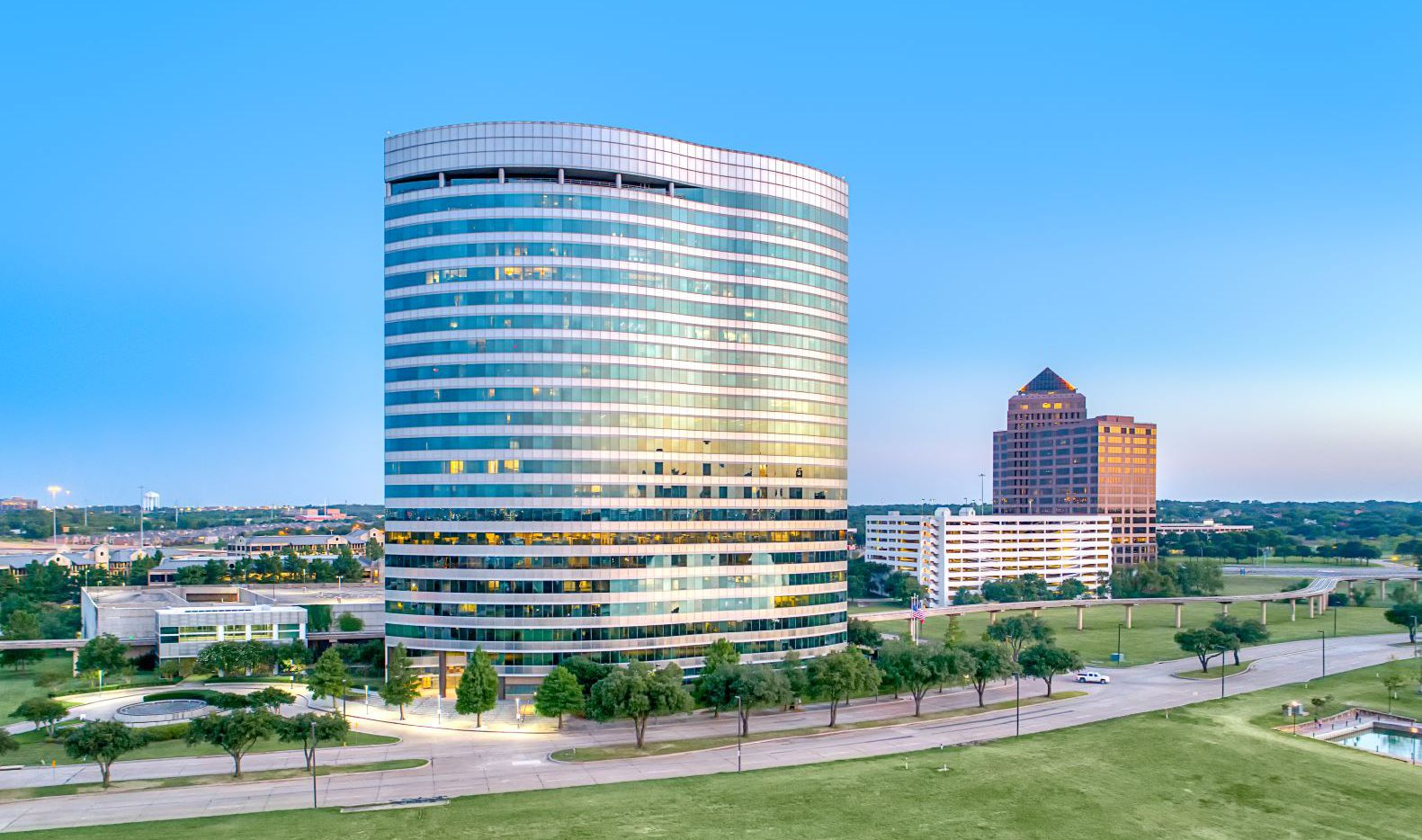 The 600 Las Colinas tower is near Carpenter Freeway in Irving.