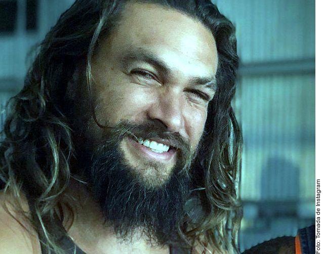 Aunque hoy es casi su distintivo, la marca que el intérprete de Aquaman, Jason Momoa, tiene en la ceja es relativamente nueva, pero gracias a ella su rostro adoptó ese halo de peligro que le valió quedarse con papeles de hombres rudos.