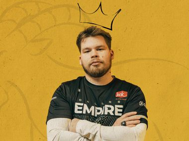 """Ian """"Crimsix"""" Porter is already the winningest player in Call of Duty esports history, and can become the only professional with four world championships if the Dallas Empire come out on top in the Call of Duty League playoffs, which start at 2 p.m. CST on Aug. 19 at Galen Center. (Photo: Courtesy of Envy Gaming / Edit: Sportsday Staff)"""