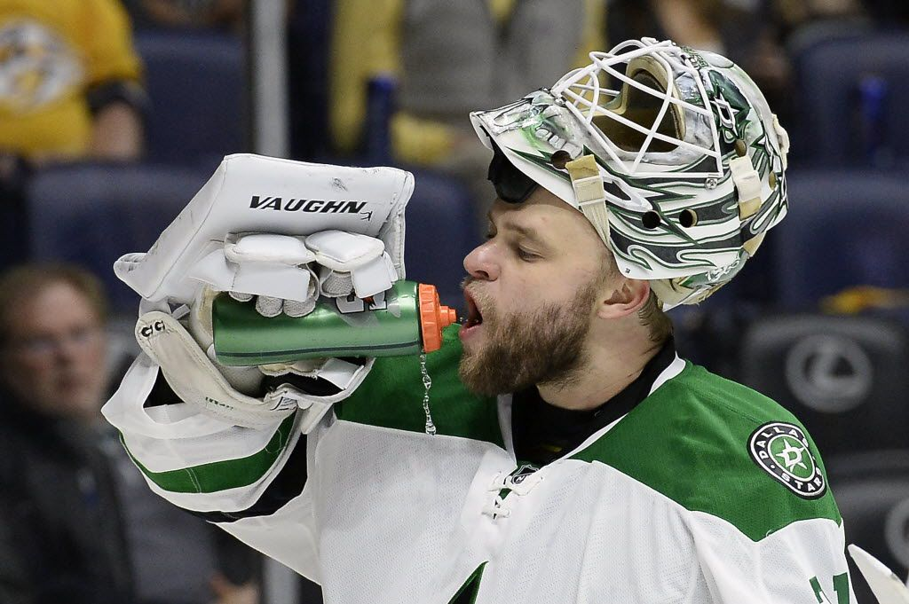Dallas Stars goalie Antti Niemi (31), of Finland, gets a drink during a break in the action in the second period of an NHL hockey game against the Nashville Predators Tuesday, March 1, 2016, in Nashville, Tenn. (AP Photo/Mark Zaleski)