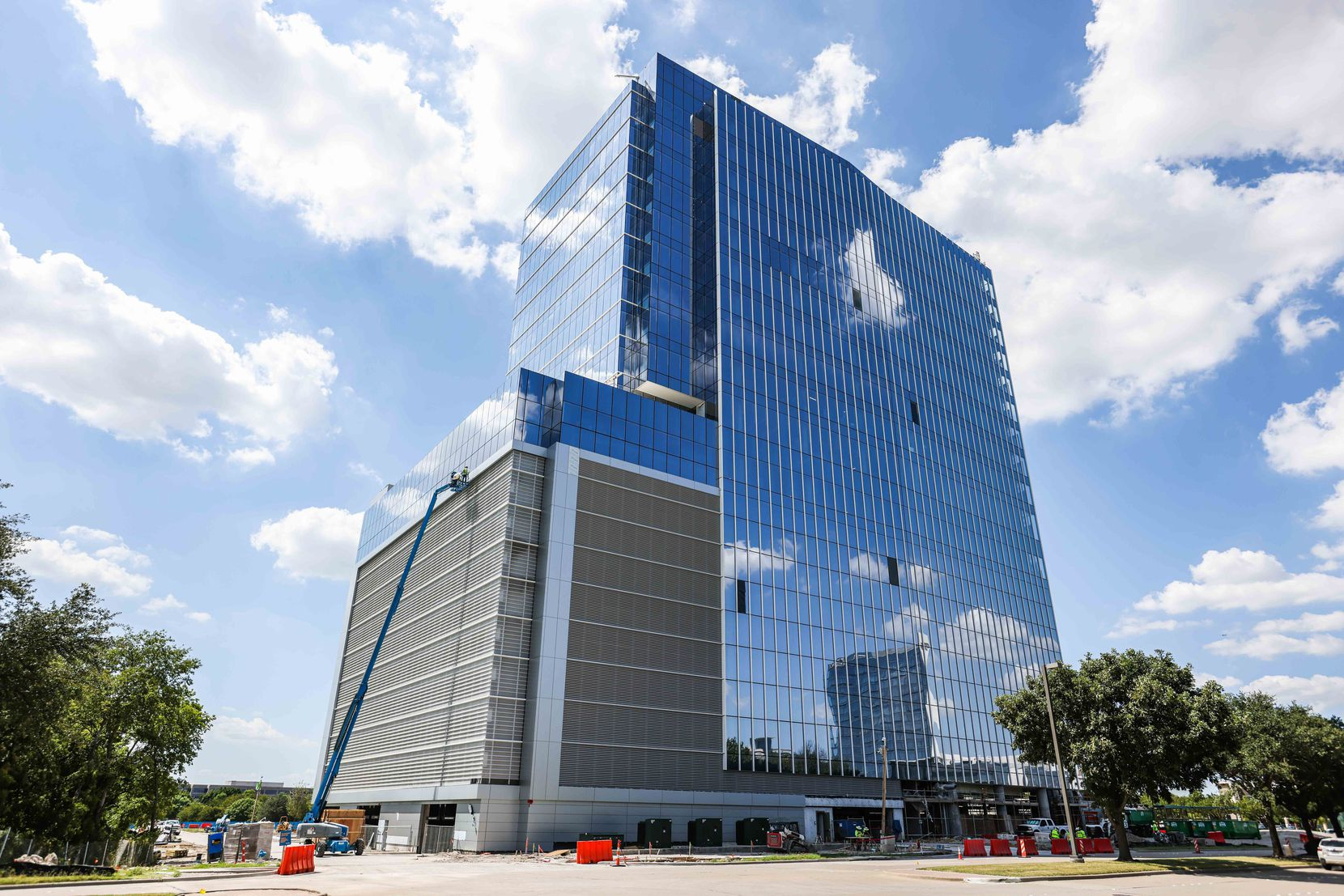 Reata Tower is under construction at Communications Parkway on Plano.