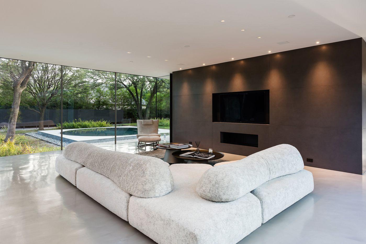 Take a look at the home at 11345 W. Ricks Circle in Dallas.