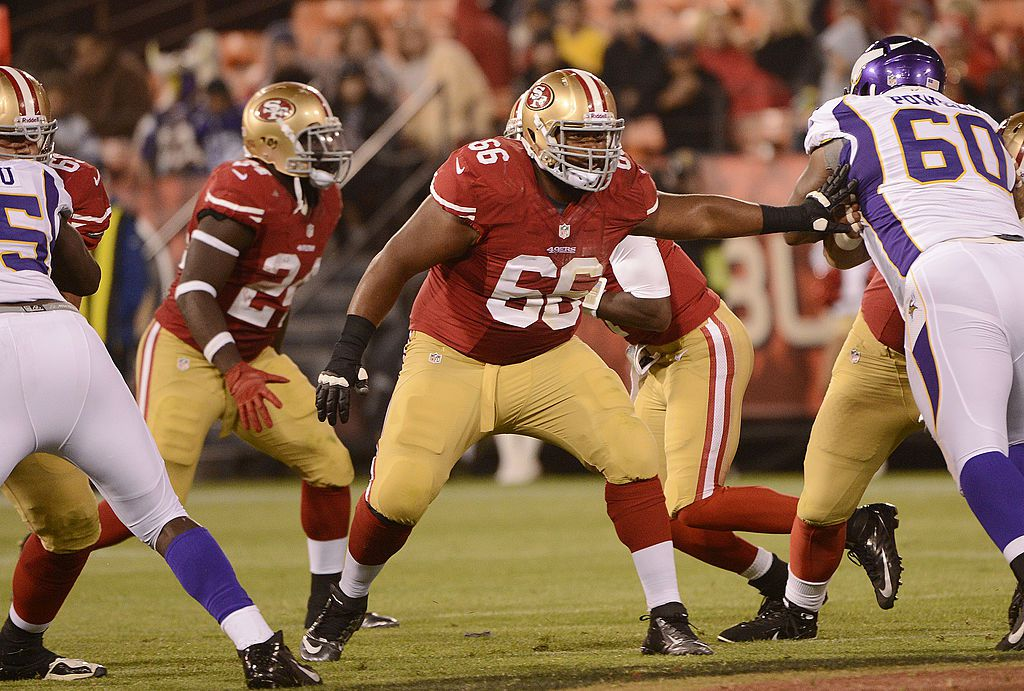 SAN FRANCISCO, CA - AUGUST 10:  Joe Looney #66 of the San Francisco 49ers backs up to pass protect  for Josh Johnson #1 against the Minnesota Vikings in the fourth quarter during an NFL pre-season football game at Candlestick Park on August 10, 2012 in San Francisco, California. The 49ers won the game 17-6. (Photo by Thearon W. Henderson/Getty Images)