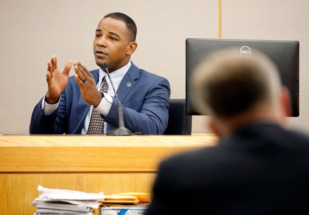 Texas Ranger David Armstrong returned to the witness stand Saturday to describe how tunnel vision limits the faculties of an officer under stress.