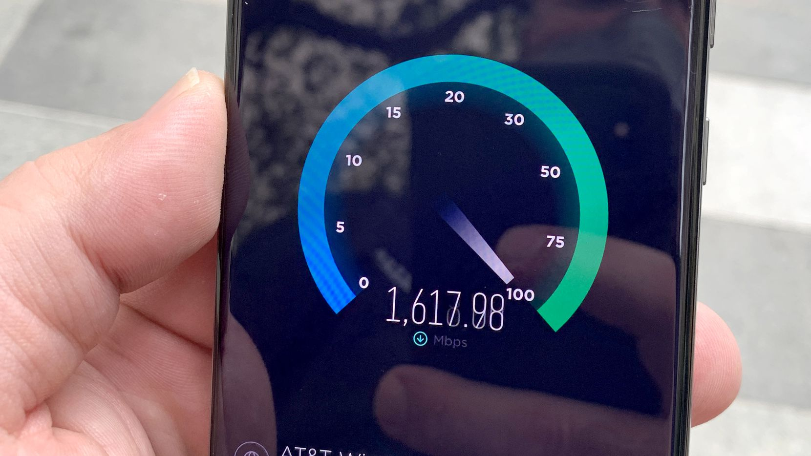 AT&T's mmWave 5G network is really fast when you find it.