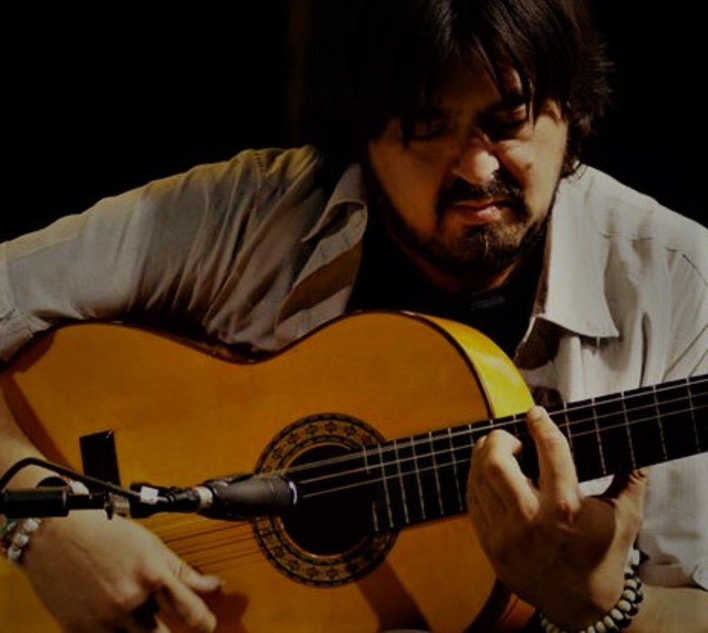 Juani de la Isla is a leading guitarist from the Andalusian region of Spain, where flamenco was created by natives and immigrants fleeing their homelands. He will accompany Valeria Montes and Adrián Cabeza at Ida y Vuelta Flamenco's July 7 show in Deep Ellum.