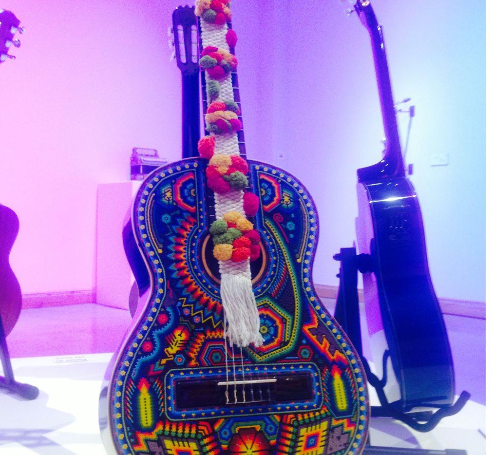 El International Museum of Art and Science, en Texas, presenta, hasta el 30 de junio, una exposición de arte huichol: Simphony of Colour. (AGENCIA REFORMA)
