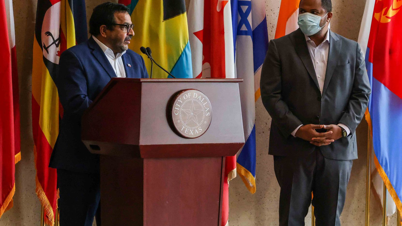 Arun Agarwal, Dallas Park and Recreation board member talks about Dallas Mayor Eric Johnson's announcement on Tuesday, May 17, 2021, about aid for India amid a surge of COVID-19 cases in this country. (Lola Gomez/The Dallas Morning News)