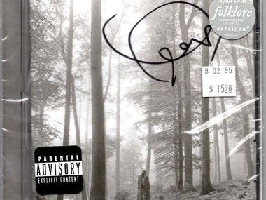 """Taylor Swift signed limited numbers of her new CD, """"Folklore."""""""
