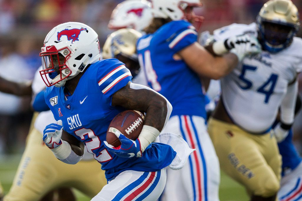 SMU Mustangs running back Ke'Mon Freeman (2) runs the ball during the first quarter  of an NCAA football game between Tulsa and SMU on Saturday, October 5, 2019 at Ford Stadium on the SMU campus in Dallas. (Ashley Landis/The Dallas Morning News)