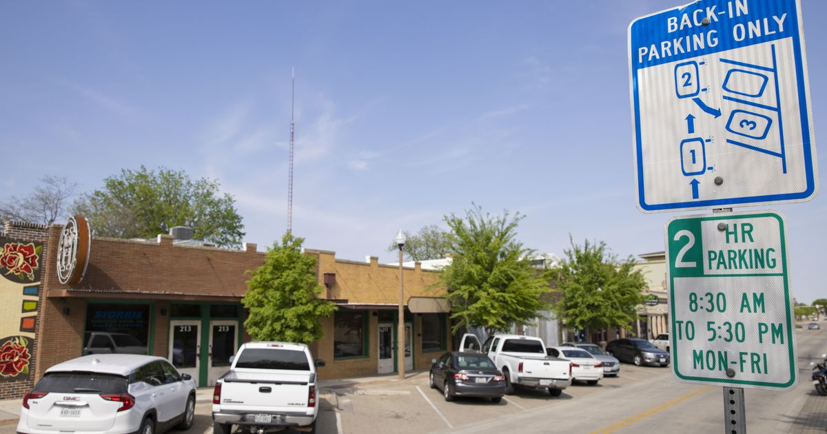 Does parking backwards violate Dallas City Code? Curious Texas investigates