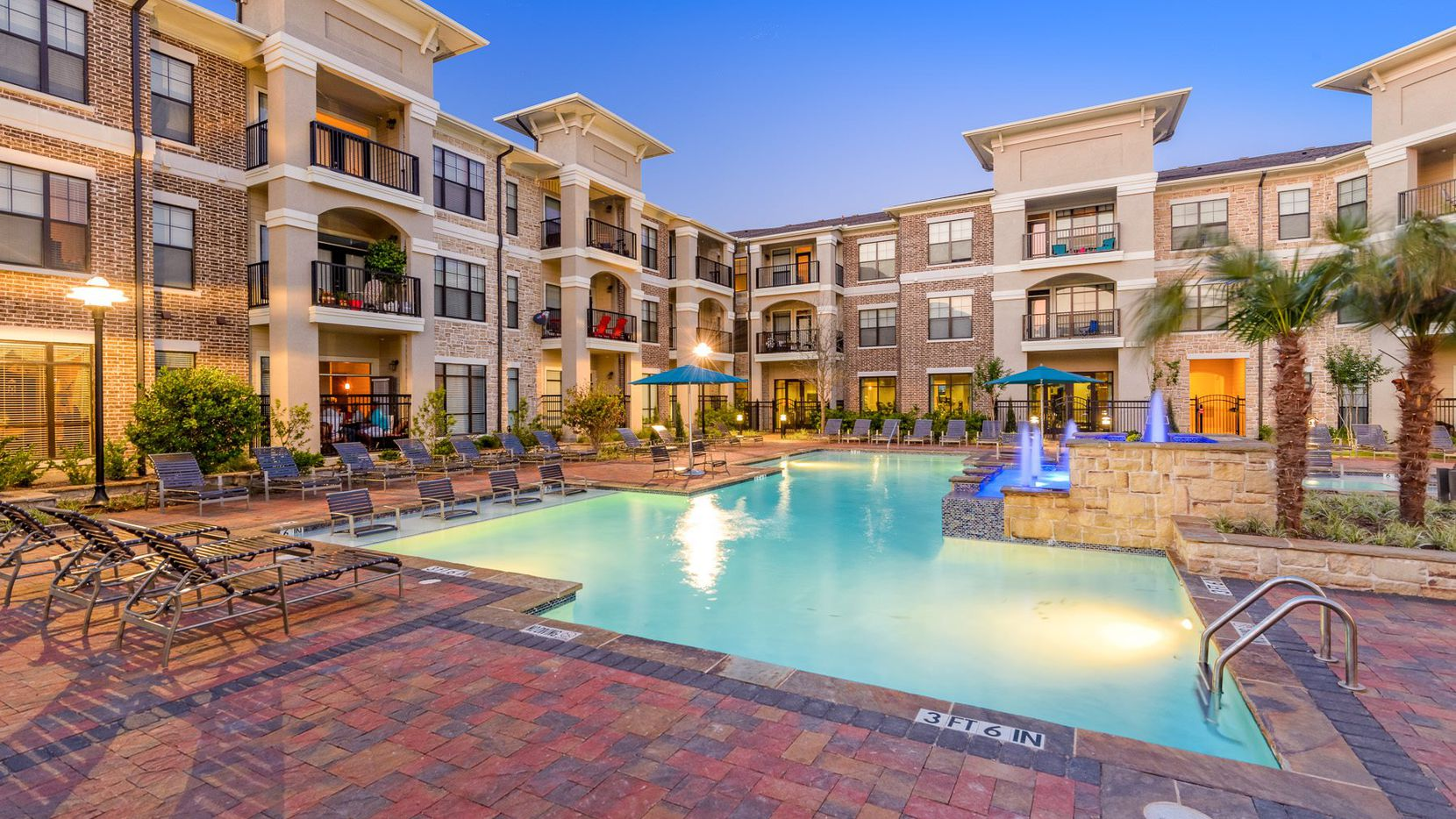 Weinstein Properties bought the Century Lake Forest apartments in McKinney.