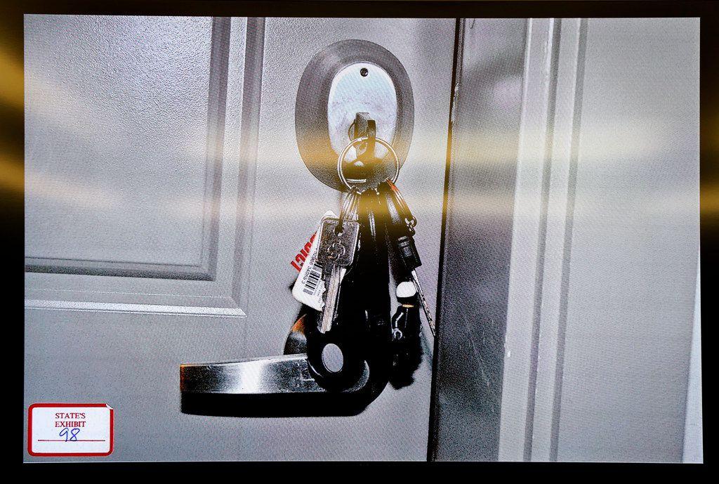 Amber Guyger left her keys hanging from Botham Jean's door when she entered his apartment last September.