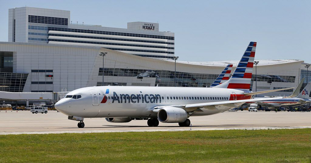 American Airlines says it's evaluating its options on in-flight WiFi service. (Tom Fox/The Dallas Morning News)