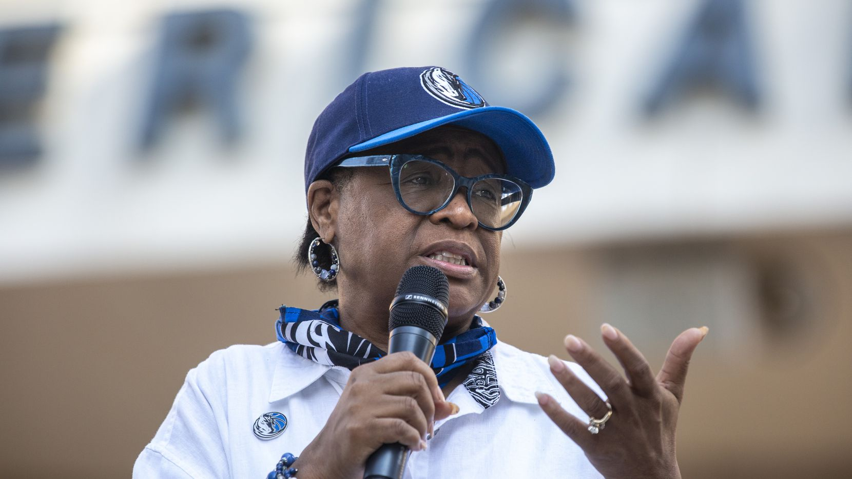 Dallas Mavericks CEO Cynt Marshall welcomes attendees during a Courageous Conversations meet-up to discuss systemic racism at Victory Plaza outside the American Airlines Center in Dallas on Tuesday, June 9, 2020. Marshall hosted the event with all team employees, including players and coaches, to discuss systemic racism and disparities facing the African-American community.