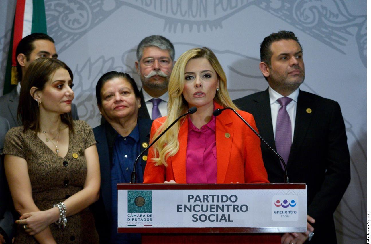Irma Terán Villalobos se casó con el coordinador de Encuentro Social, Jorge Arturo Argüelles.