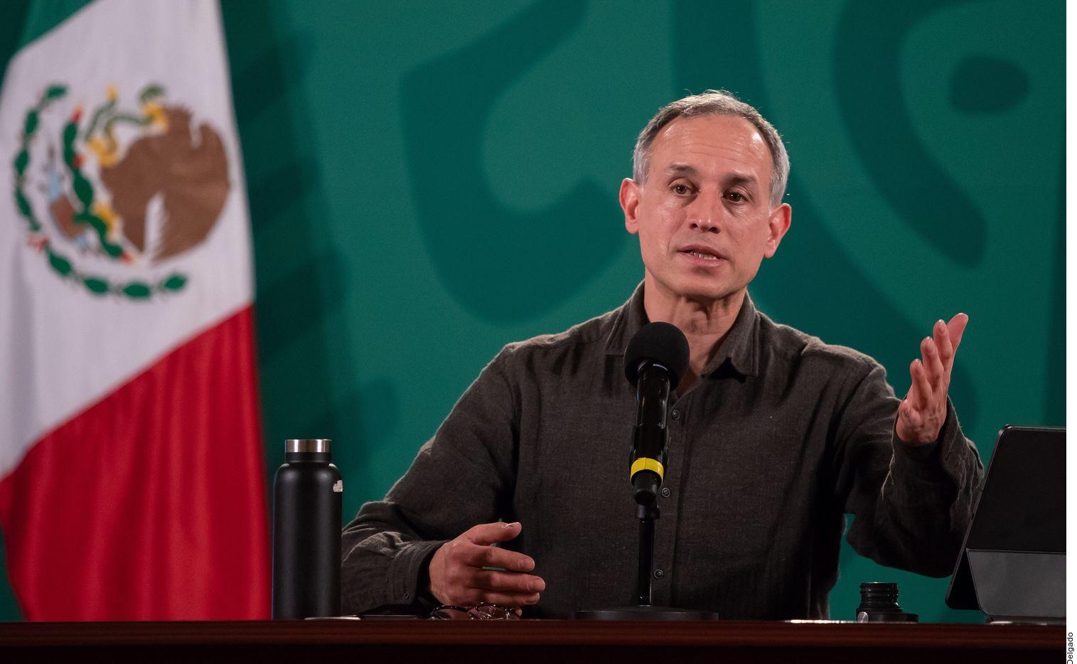 Luego de que registrara síntomas de covid-19 moderados, Hugo López-Gatell, subsecretario de Prevención y Promoción de la Salud de México, fue hospitalizado de manera preventiva, informó Ruy López Ridaura.