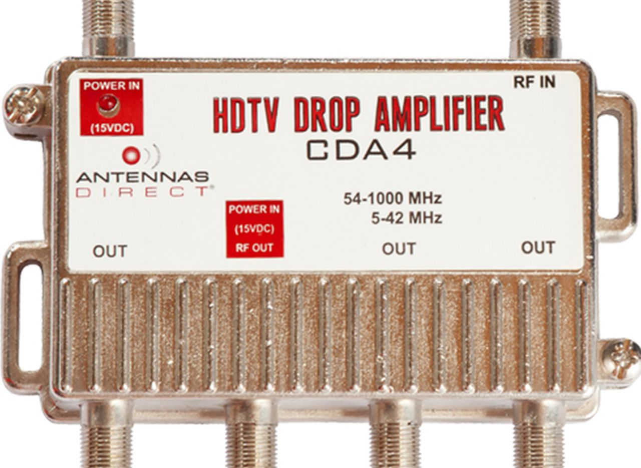 A four-output distribution amplifier from Antennas Direct