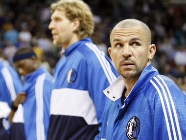 Dallas Mavericks' Jason Kidd, right, looks around before their NBA basketball game with the New Orleans Hornets in New Orleans, Wednesday, Feb. 20, 2008.