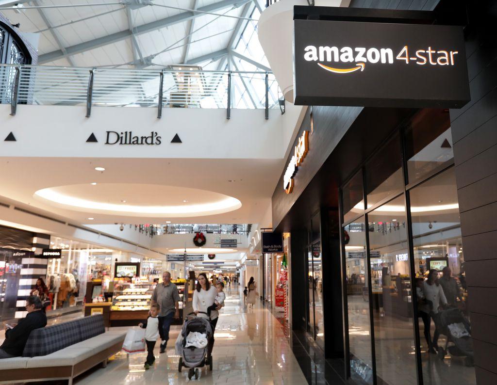 The Amazon 4-Star store at Stonebriar Centre.
