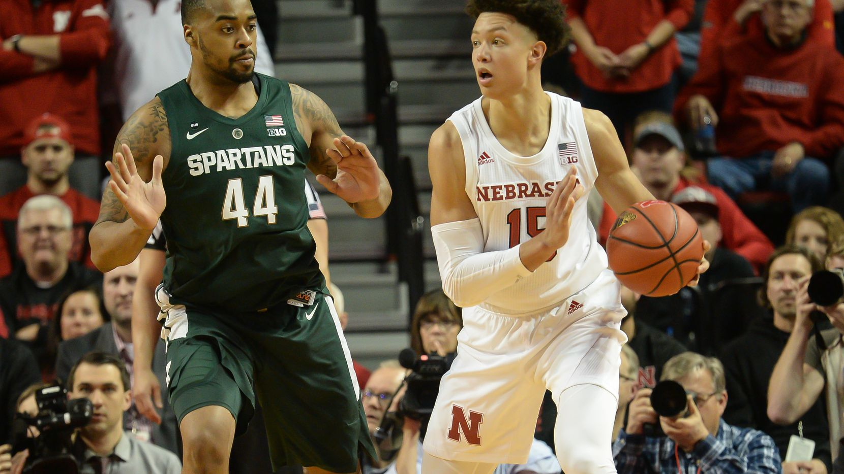 LINCOLN, NE - JANUARY 17: Isaiah Roby #15 of the Nebraska Cornhuskers looks to pass against Nick Ward #44 of the Michigan State Spartans at Pinnacle Bank Arena on January 17, 2019 in Lincoln, Nebraska. (Photo by Steven Branscombe/Getty Images)