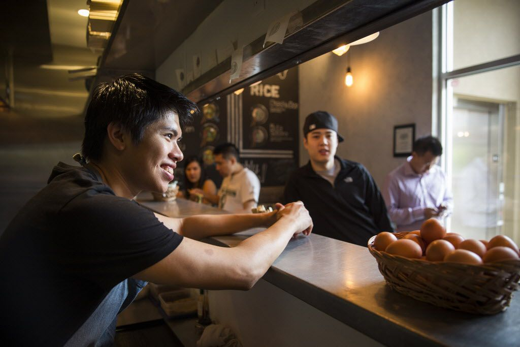 Executive Chef Matthew Hoa chats with customers at Ten.