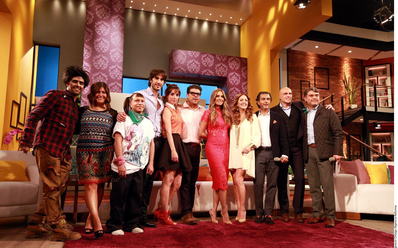 """El equipo de conductores presentó la nueva temporada del programa """"Hoy"""", cuyo productor, Reynaldo López, dijo que están abiertos a críticas./AGENCIA REFORMA"""