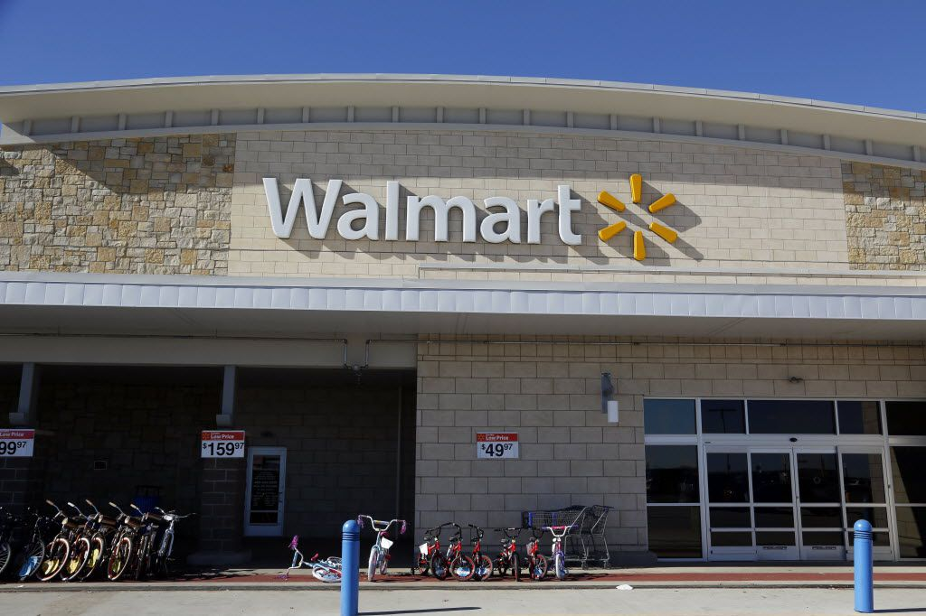 The front of a Wal-Mart Supercenter in North Texas.