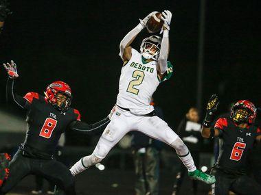 DeSoto wide receiver Lawrence Arnold brings down a touchdown pass during a high school football match up between Cedar Hill and DeSoto on Thursday, Nov. 7, 2019. Cedar Hill beat DeSoto 28-27.