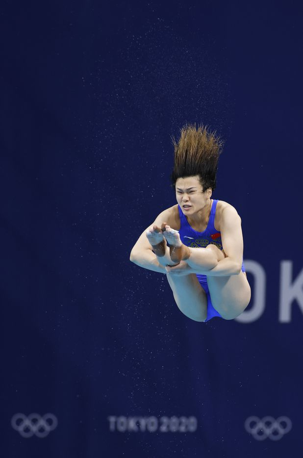 China's Shi Tingmao dives in the women's 3 meter springboard semifinal competition during the postponed 2020 Tokyo Olympics at Tokyo Aquatics Centre, on Saturday, July 31, 2021, in Tokyo, Japan. (Vernon Bryant/The Dallas Morning News)