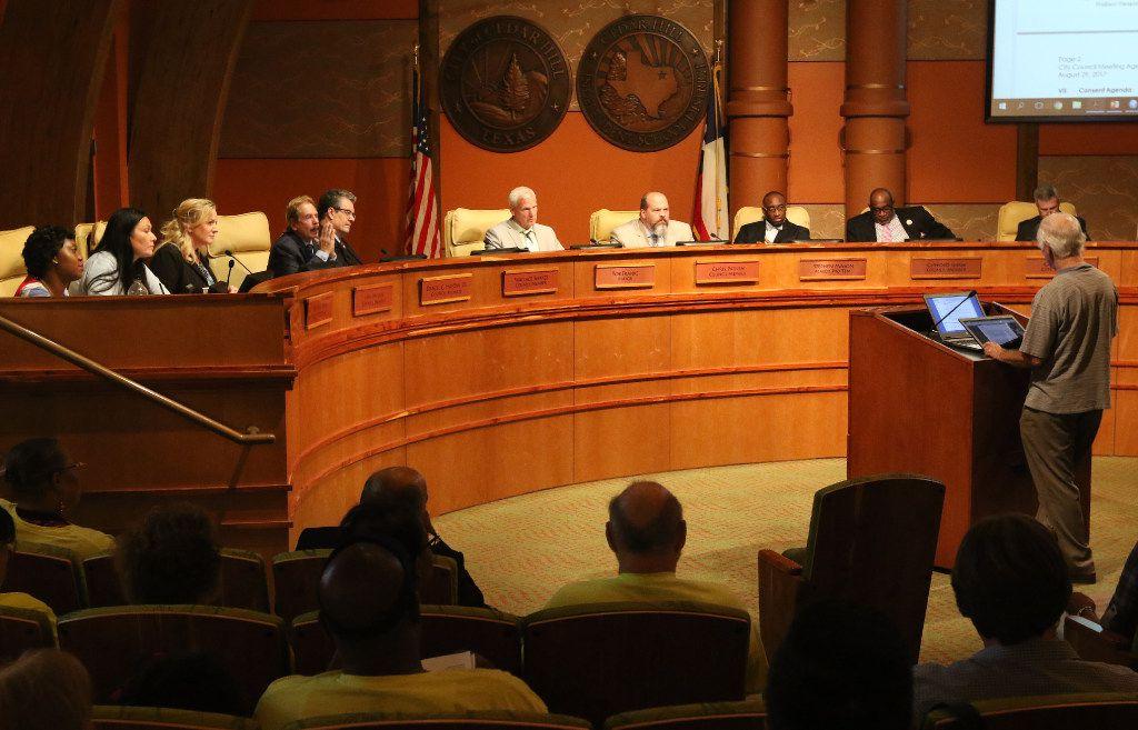 The Cedar Hill City Council. (Irwin Thompson/Staff Photographer)