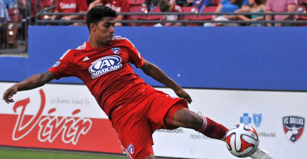 FC Dallas' Moises Hernandez (3) keeps the ball in play against Aston Villa during a friendly soccer match at Toyota Stadium in Frisco on Wednesday, July 23, 2014. (Mark M. Hancock / Special Contributor) 06272015xALDIA