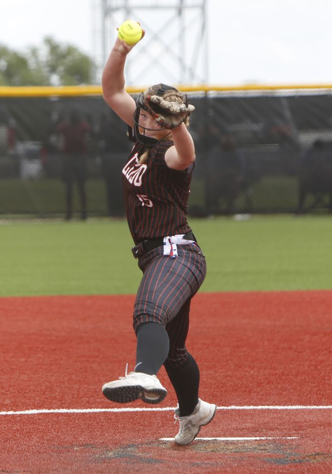 Aledo pitcher Kayleigh Smith (15) delivers a pitch to a Georgetown batter during the bottom of the 3rd inning of play. The two teams played their UIL 5A state softball semifinal game at Leander Glenn High School in Leander on June 4, 2021. (Steve Hamm/ Special Contributor)