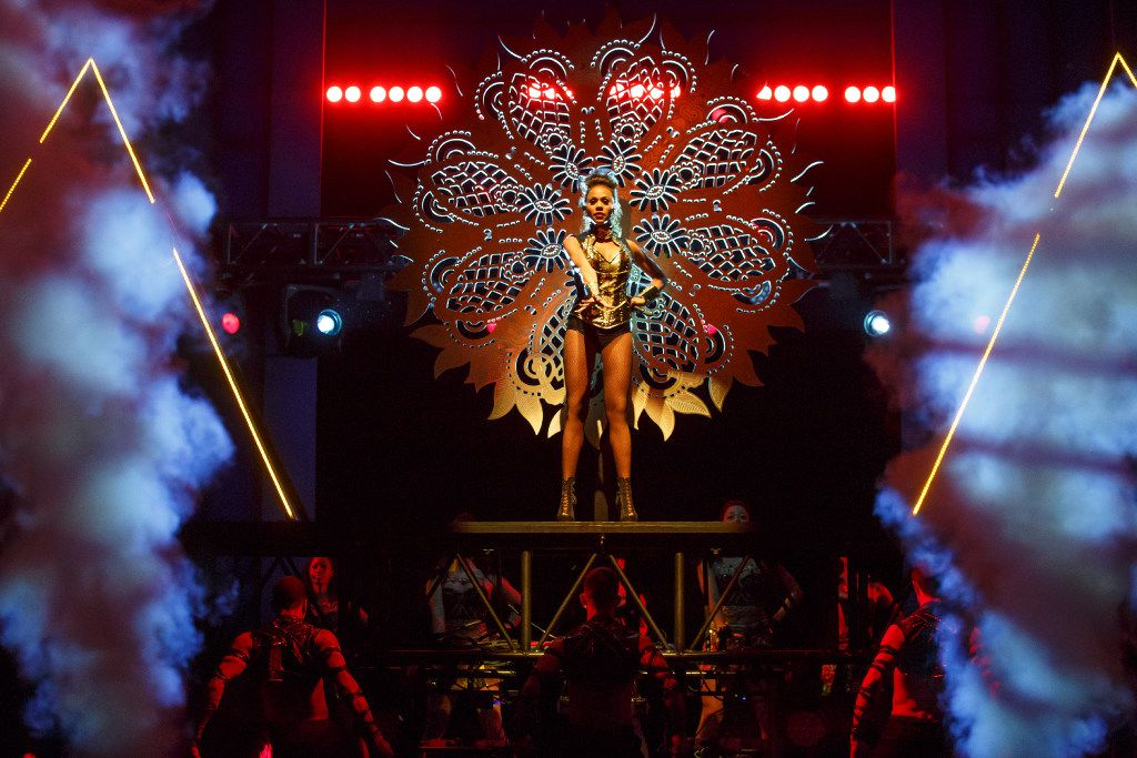 """Deborah Cox as Rachel Marron, and Company, in """"The Bodyguard.""""   The stage adaptation of the 1992 film starring Whitney Houston and Kevin Costner will make its North Texas debut at the Music Hall at Fair Park on July 18-30 and at Bass Performance Hall on Aug. 1-6."""